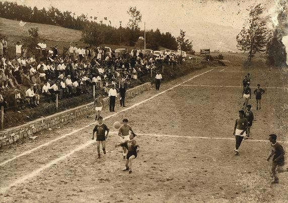 Campo sportivo for Campo sportivo seminterrato